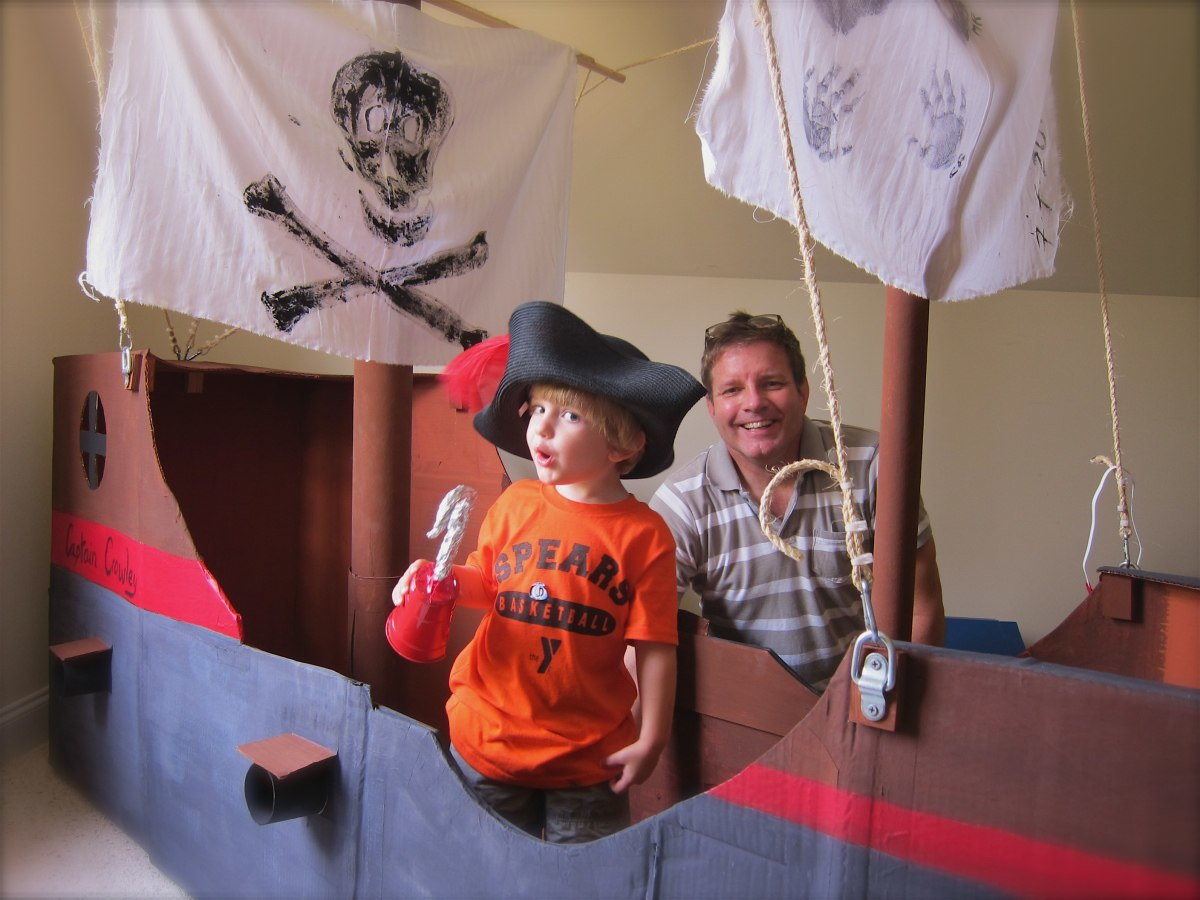 How to make a pirate ship out of cardboard boxes