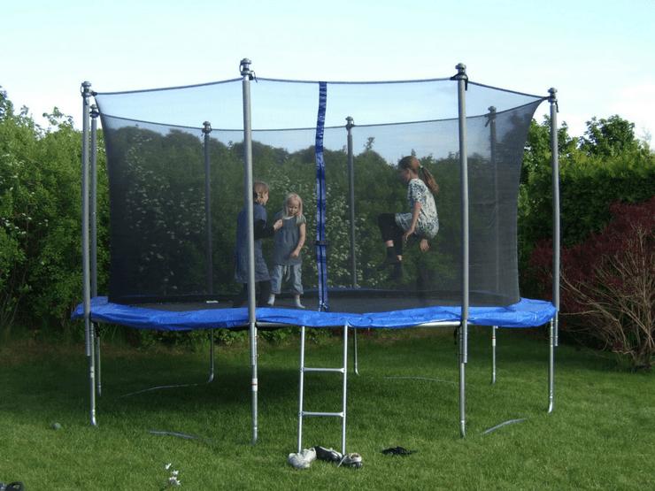 Best Outdoor Trampoline for Kids